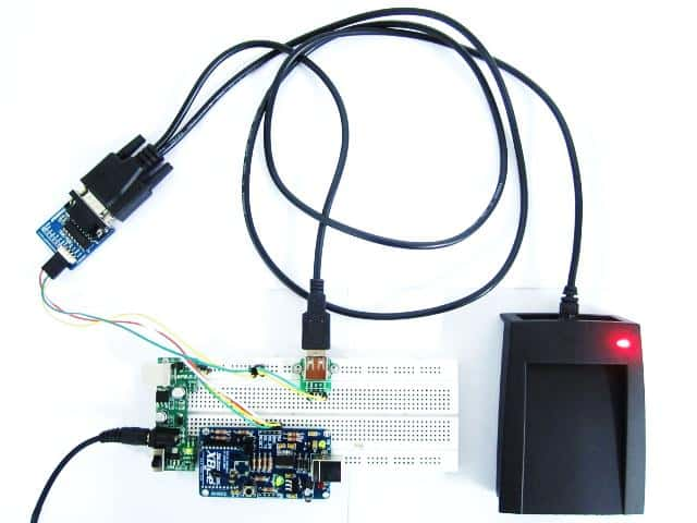 Wireless RFID reader circuit