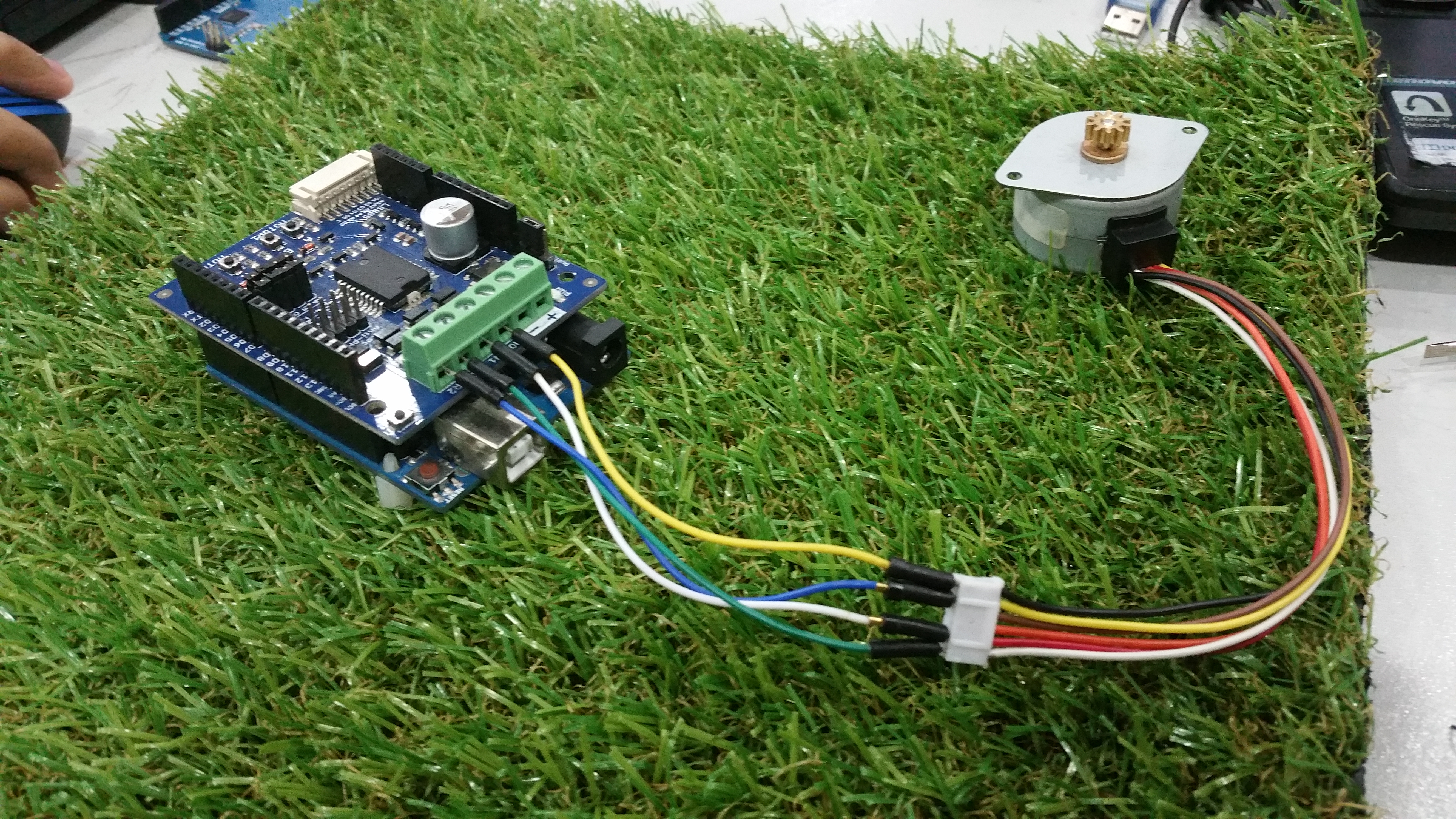 Arduino Stepper Motor 2amp Driver Shield Tutorial By Cytron Wiring Diagram 6 Pin Plug 4then In The Usb B Type Cable To Uno