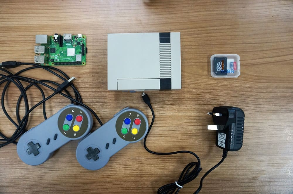 Raspberry Pi as RetroPie Station with NESpi Case